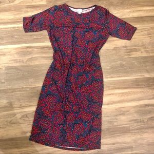 Fitted knee length print dress